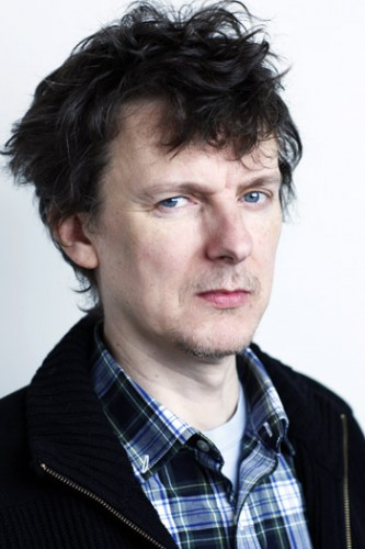 michel gondry After a string of projects in america (including the masterpiece eternal sunshine of the spotless mind), french filmmaker michel gondry returns home to let his manic imagination run wild.