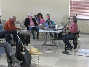 Community meeting on how area oil development could threaten the San Solomon Springs. (David Martin Davies)